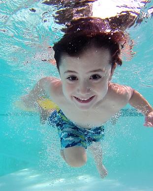 child underwater.png