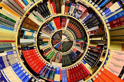 library-1666702_1280.jpg
