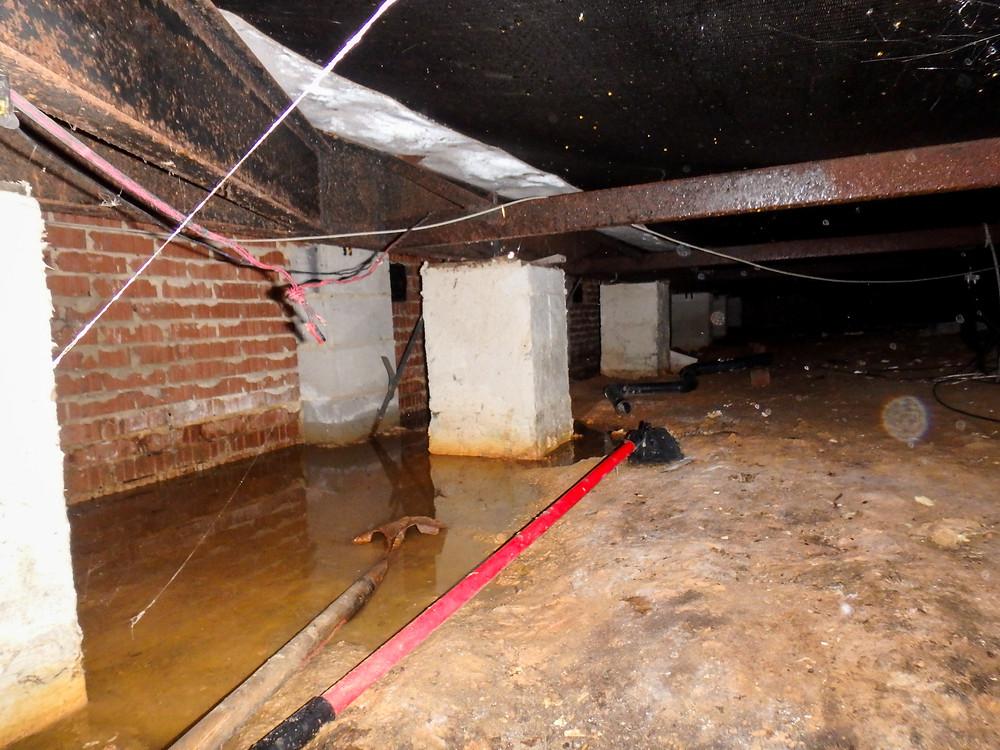Crawl Space Water Damage