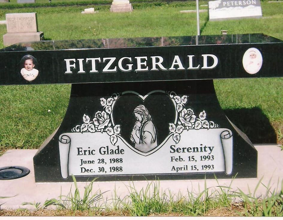 Pedestal bench black granite 3.jpg