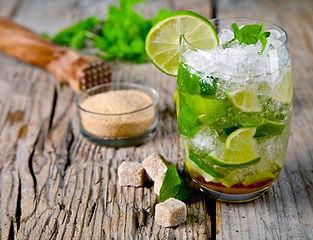 Cocktail met limoen.jpg