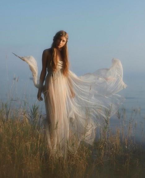 Bellucia, la fée du lac crenu