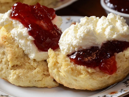 How does the Queen like her scone?