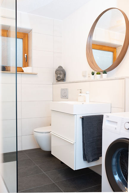 Badezimmer 2.jpeg