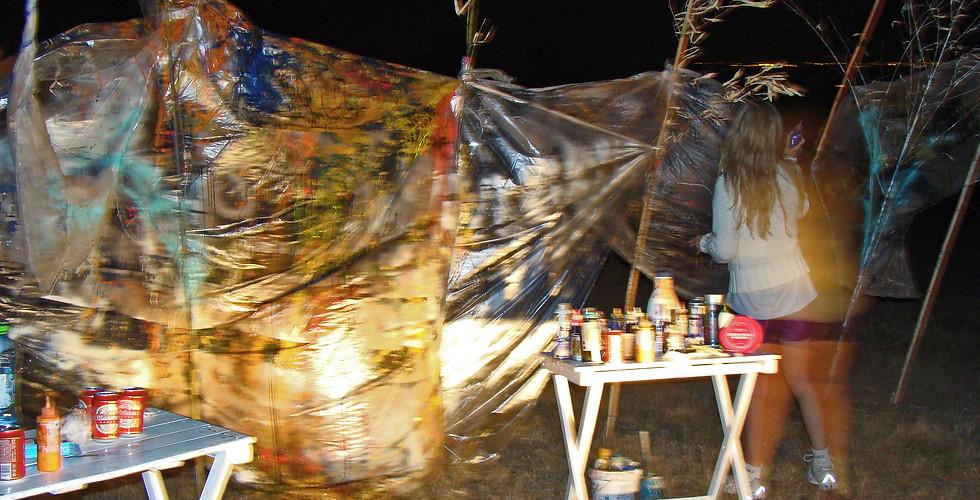 Proyecto Eolo at night.