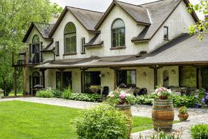 Golden Oak Villa