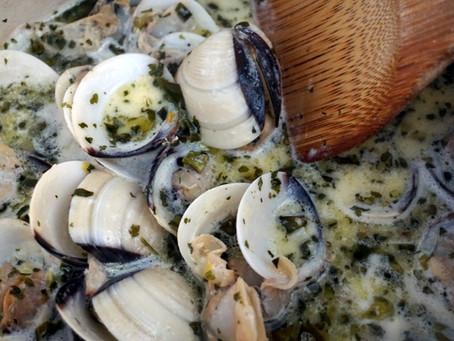 Garlic Butter Clams