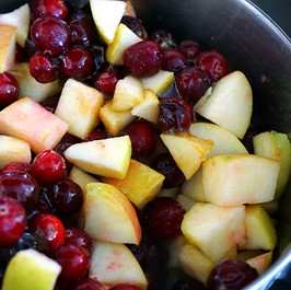 Cranberry Sauce with Apples and Ginger