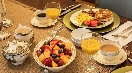 Breakfast service_edited.jpg