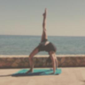 yoga teacher stretch dance