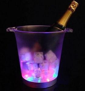 Sceau_à_champagne_lumineux.jpg