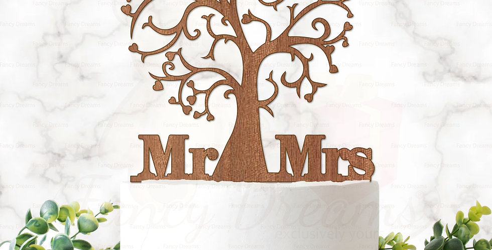 Mr & Mrs + Tree