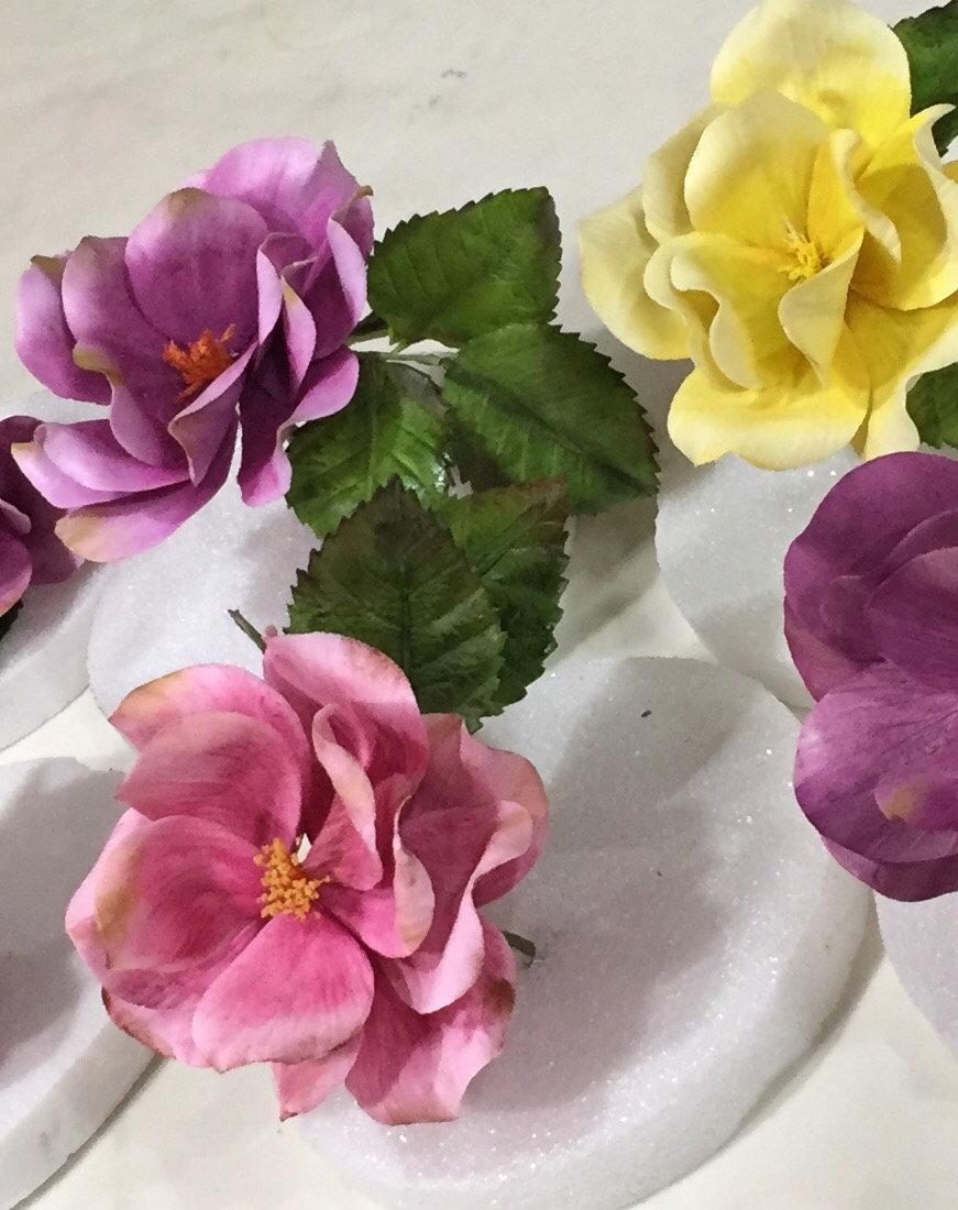 Gumpaste Open Rose