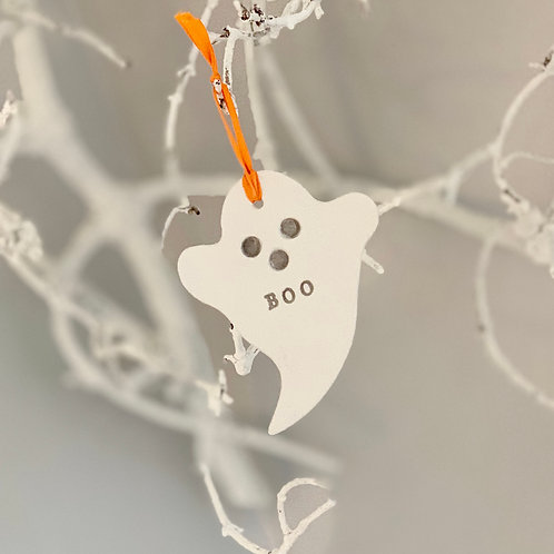 Halloween ghost tag