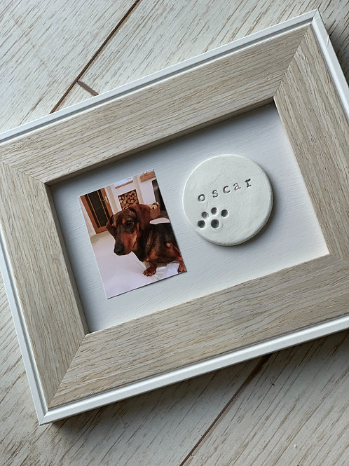 Pet frame