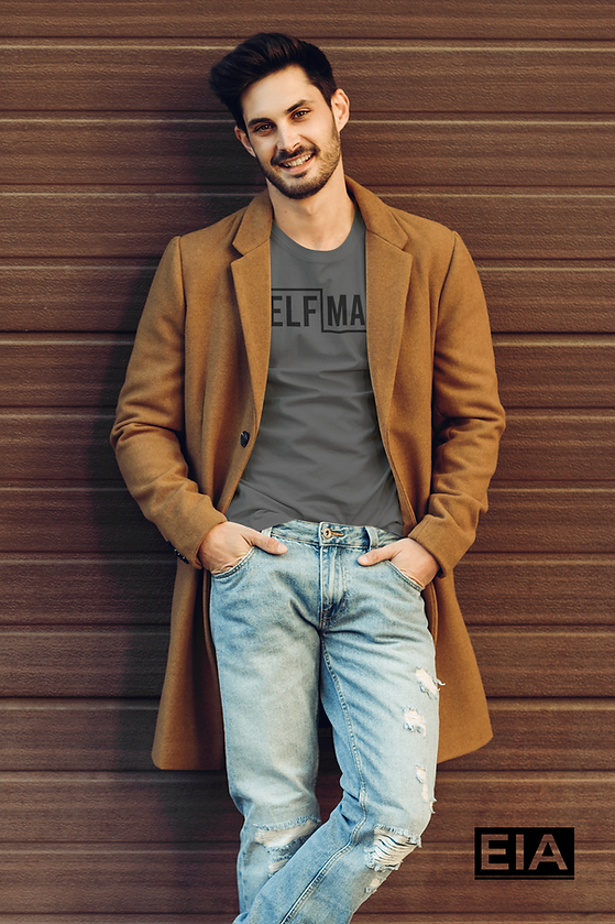 t-shirt-mockup-featuring-a-trendy-man-le