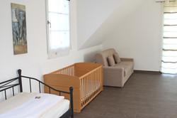 Schlafzimmer / Kinderbett