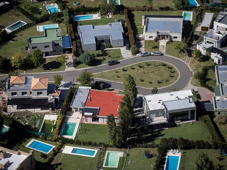 ARBA detectó más de 600 mil metros cuadrados de construcciones sin declarar en barrios privados
