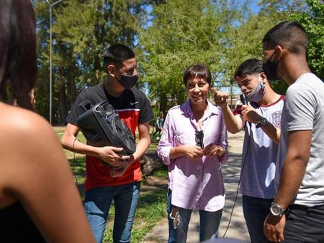 La intendenta Mayra Mendoza recorrió la Expo Quilmes Educa 2021