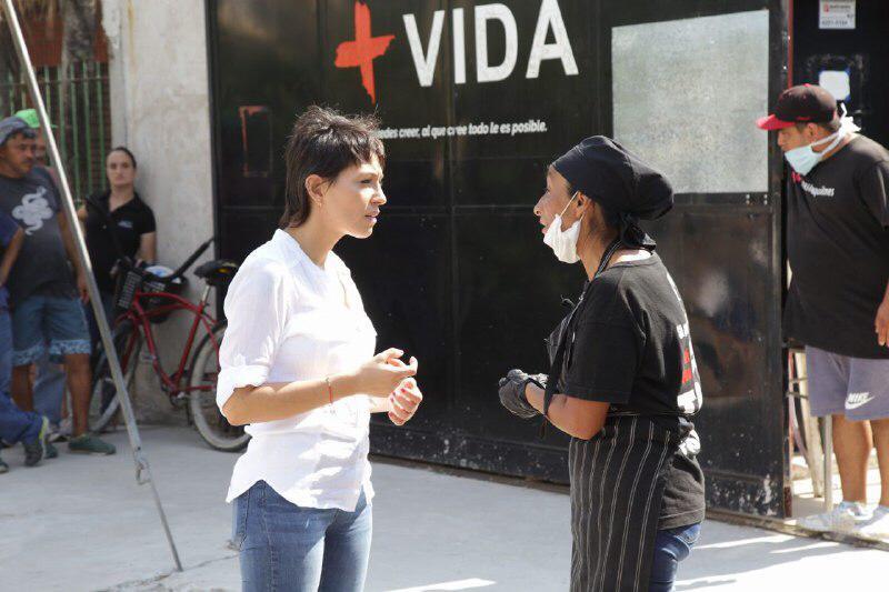 """Mayra Mendoza recorrió la base operativa de Asistencia Social """"+Vida"""""""