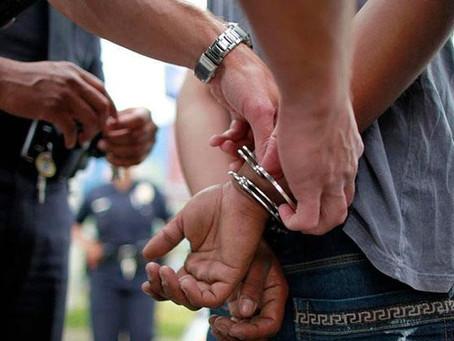 """""""Liberame una horita... después arreglamos"""": narco intentó sobornar a policías y fue detenido"""