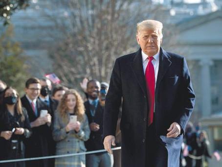 """Trump deja el cargo con Estados Unidos sumido en el caos: """"Volveremos de alguna manera"""""""
