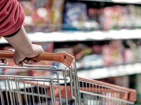 Representantes del sector minorista y de los productores alimenticios, a favor de frenar los precios