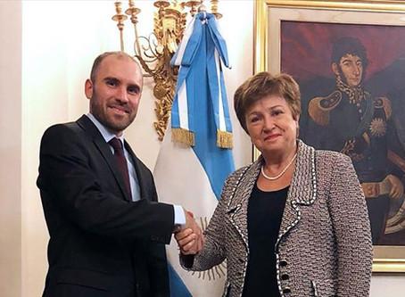El FMI prevé que la economía argentina repuntará 4,9% en 2021