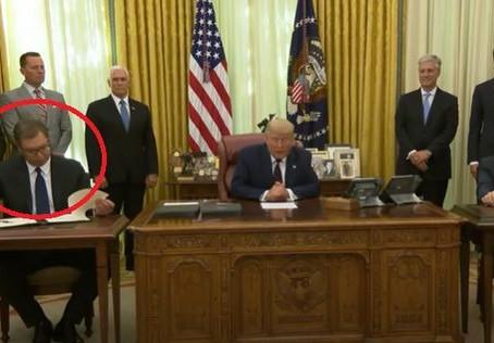 Líder serbio no leyó lo que firmó y se entera en vivo que deberá mover su embajada a Jerusalén