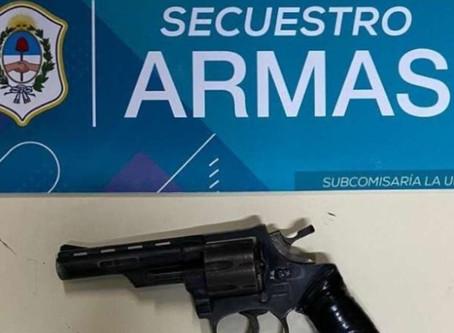 Delincuentes robaron y se tirotearon con policías en La Plata: uno terminó muerto y otro herido