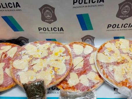 """""""No era de orégano"""": intentaron ingresar a la cárcel marihuana oculta en pizzas y fueron detenidas"""