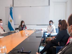 Mayra Mendoza y Frederic recibieron a los padres de Micaela Romero