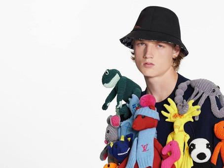 ¡Insólito!: Louis Vuitton vendió un suéter cubierto con peluches por más de USD 8.000