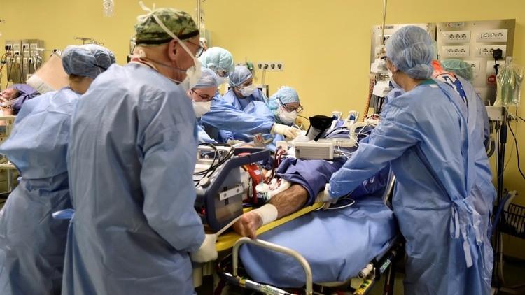 Un medicamento podría evitar la fase más grave del coronavirus: la esperanza de Italia