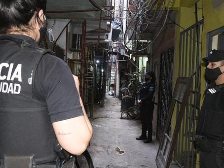 Nueve detenidos con drogas y armas en cuatro búnkeres del Barrio 31