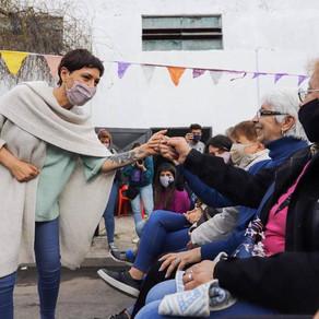Mayra celebró el Día del Jubilado y la Jubilada junto a adultos mayores