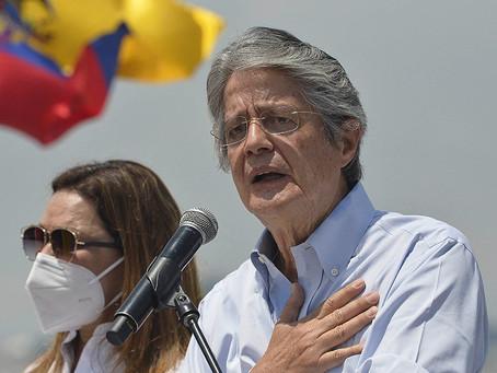 Ecuador planea aplicar un impuesto a la riqueza para paliar la pandemia