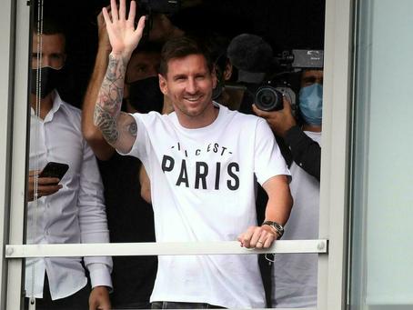 EN VIVO: Messi llegó a Francia para convertirse en nuevo jugador del París Saint Germain