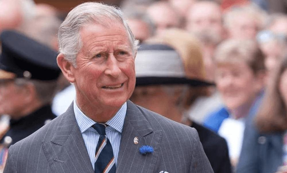 Príncipe Carlos de Inglaterra dio positivo por coronavirus y se encuentra en cuarentena en Escocia