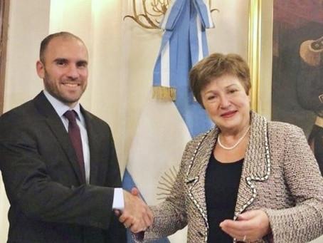 Economía prevé que el FMI aprobará en agosto los US$ 4.300 millones en DEG que recibirá Argentina