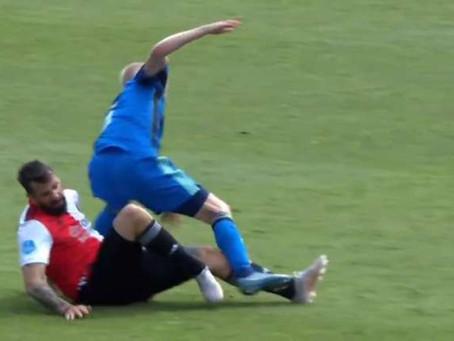 Impresionante lesión de Pratto en la derrota de Feyenoord contra el campeón Ajax