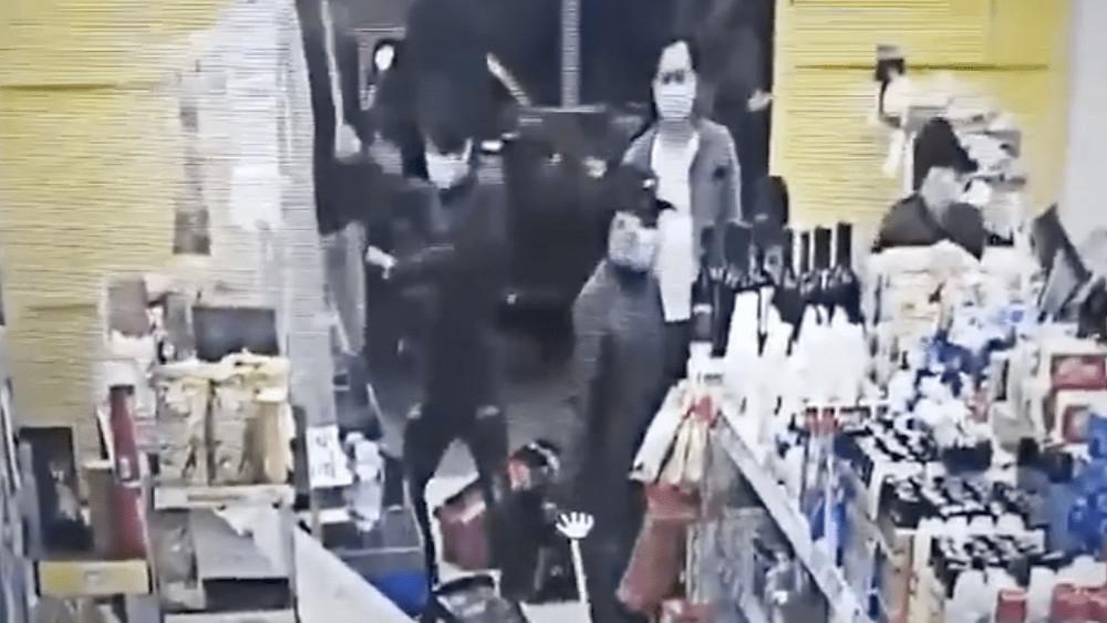La Plata: así fue el ataque de la mafia china a un supermercado