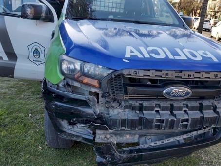 La Plata: detuvieron a un joven con drogas tras chocar a un patrullero