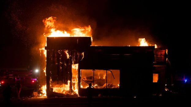 Estados Unidos en llamas luego del asesinato del afroamericano George Floyd a manos de la policía