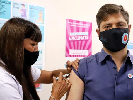 Kicillof se aplicó la vacuna contra el coronavirus y dio por iniciada la campaña en la Provincia