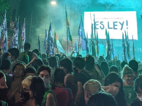 Líderes y políticos del mundo celebran la legalización del aborto en la Argentina