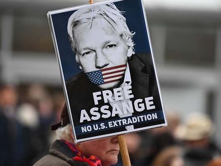 """Julian Assange, """"en muy mal estado"""" antes de la audiencia contra el rechazo de extradición"""
