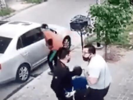 Villa Ballester: delincuentes amenazaron y le robaron el auto cuando bajaba con su hijo de 6 años