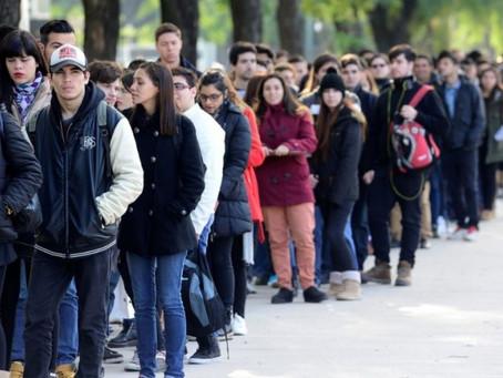 Efecto pandemia 2020: pese a haber caído 0,8% en el último trimestre, el desempleo fue de 11%