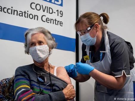 Dos reacciones adversas: Reino Unido alerta que personas con antecedentes de alergia no se vacunen